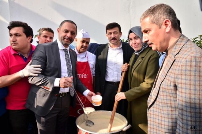 """AK Parti Bayraklı Belediye Başkan Adayı Ali Aslan: """"Bayraklı'ya Hizmet İçin Geliyoruz"""""""