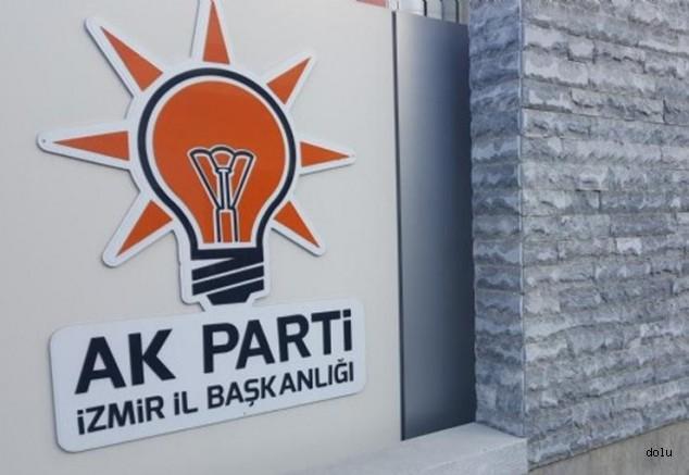 AK Parti İzmir'de Yeni İl Başkanı Kim Olacak?