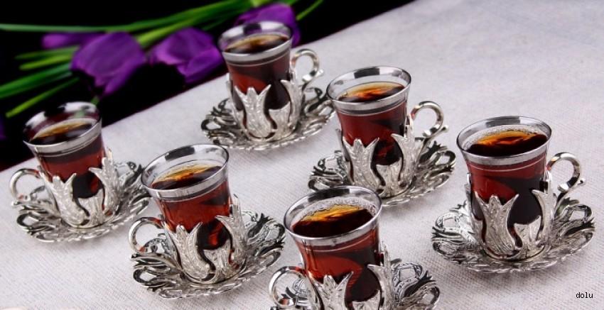 Avrupalılar müptelası oldu! 42 ülke Türk çayı için sıraya girdi