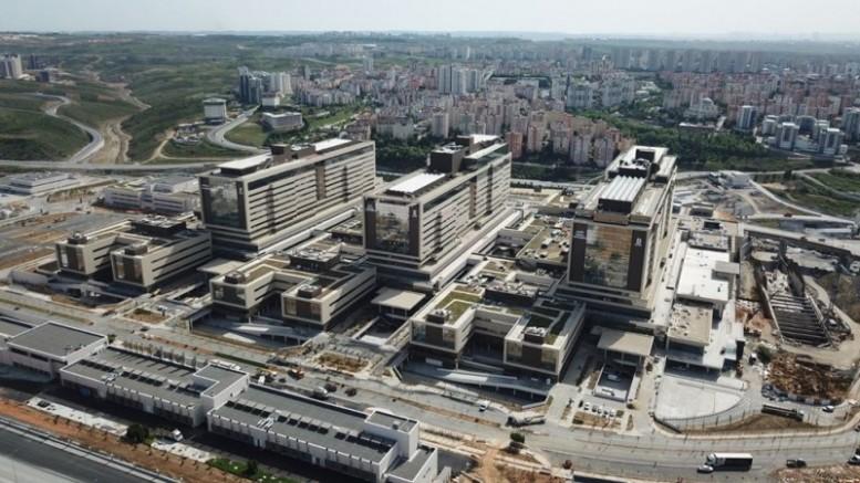 Çam ve Sakura Hastanesi'nin açılışı Japonya basınında