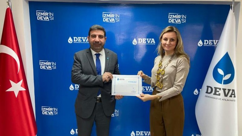 DEVA'dan teşkilatlanma atağına devam Karabağlar ve Kemalpaşa ilçe yönetimleri belirlendi