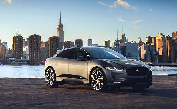 Dünyada Yılın Otomobili Jaguar I-PACE!