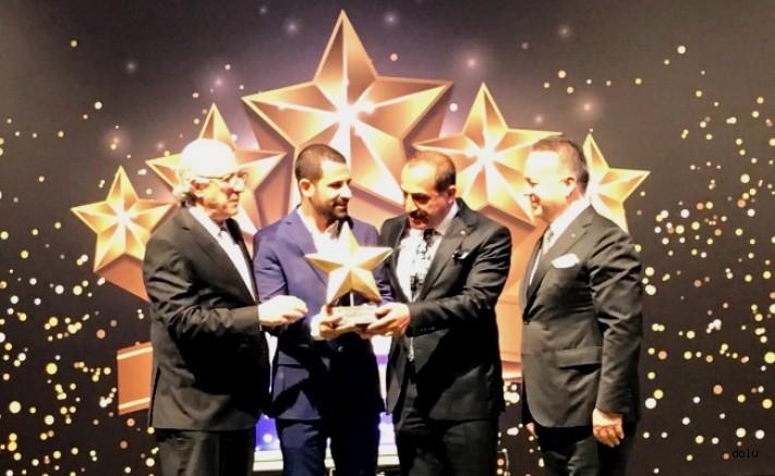 Ege'nin İhracat Yıldızlarında Birincilik Uçak Kardeşlerin Oldu  Babadan, Oğul'a Verilen Birincilik Ödülü