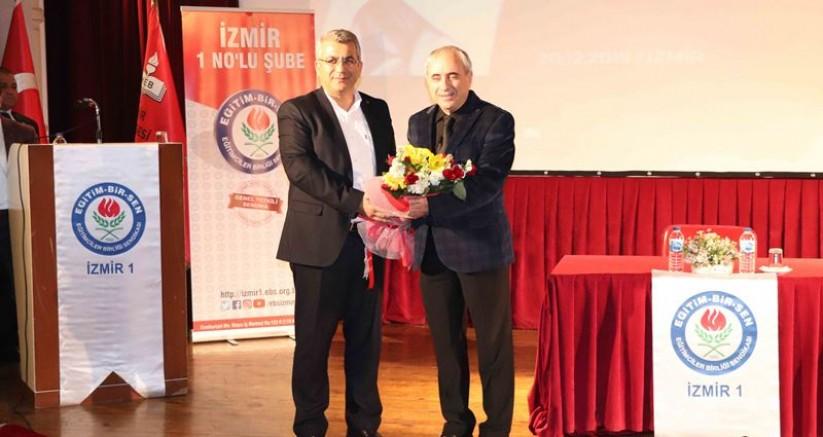 Eğitimciler İzmir'de Prof. Dr. Nurullah Genç'in Konferansında Bir Araya Geldi