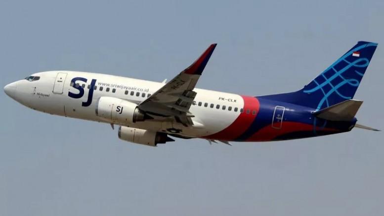 Endonezya'da yolcu uçağı denize düştü! Görgü tanıklarından şok ifadeler