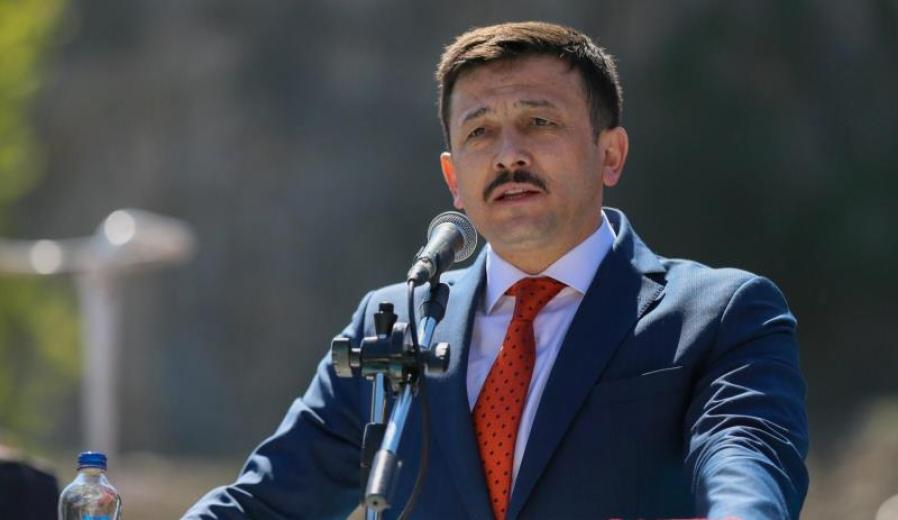 Hamza Dağ'dan İBB'ye 'Temel Atmama' Tepkisi