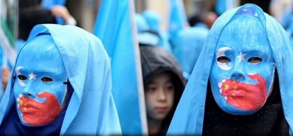 İnsanlığın Bittiği Nokta! Çin Uygur Türkü Kadınlara Zorla Kürtaj Yaptırıp Kısırlaştırıyor
