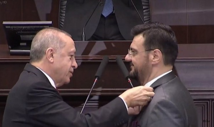 İyi Parti'den istifa eden Manisa Milletvekili Tamer Akkal AK Parti'ye geçti