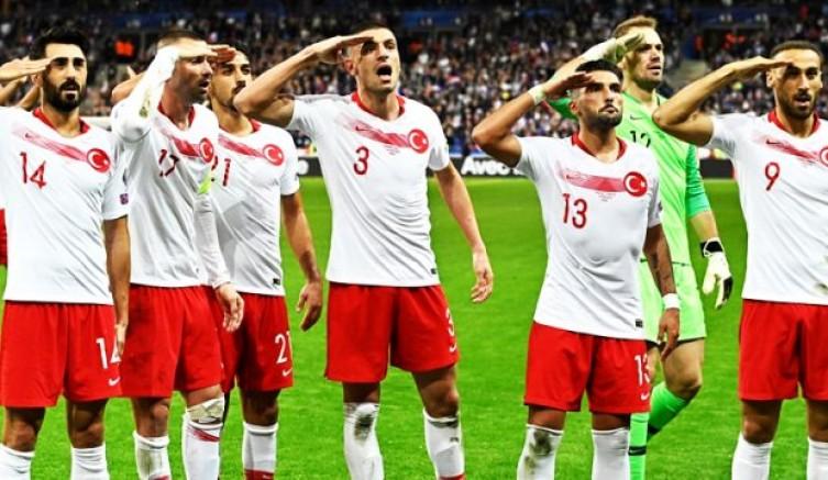 Liderliğini Koruyan Türkiye Fransa'da EURO 2020 Kapısını Araladı!