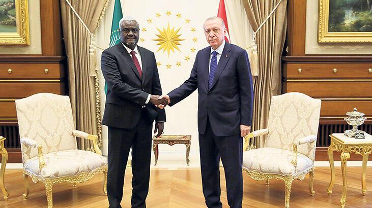 Erdoğan Afrika Birliği Komisyonu Başkanı Mahamat'ı kabul etti