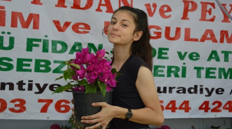 Manisa'da Çiçek Festivali ve Mesir Fuarı açıldı