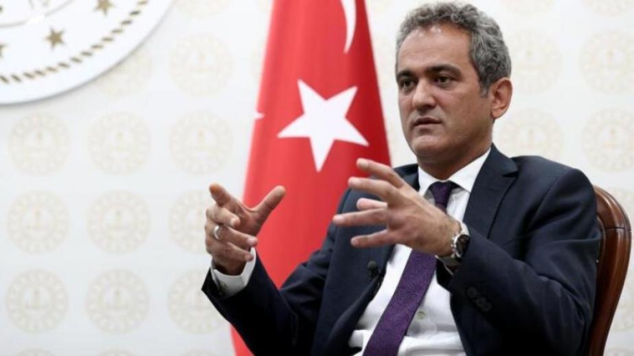 Milli Eğitim Bakanı Özer tartışmalara noktayı koydu: Yüz yüze eğitime katılım zorunlu