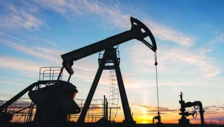 O Efsane Gerçek Çıktı: Petrol Yok Diye Betonladıkları Kuyulardan Petrol Fışkırıyor