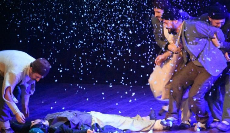 """""""Sarıkamış"""" oyunu Kayseri Devlet Tiyatrosu'nda"""