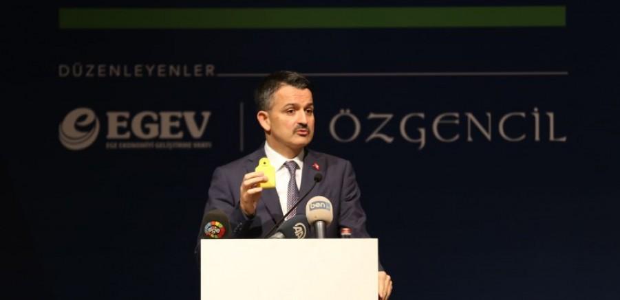İzmir'de OSB Müjdesi Veren Bakan Pakdemirli: Tarım Sektörünü Tarım Şurası'na Davet Etti