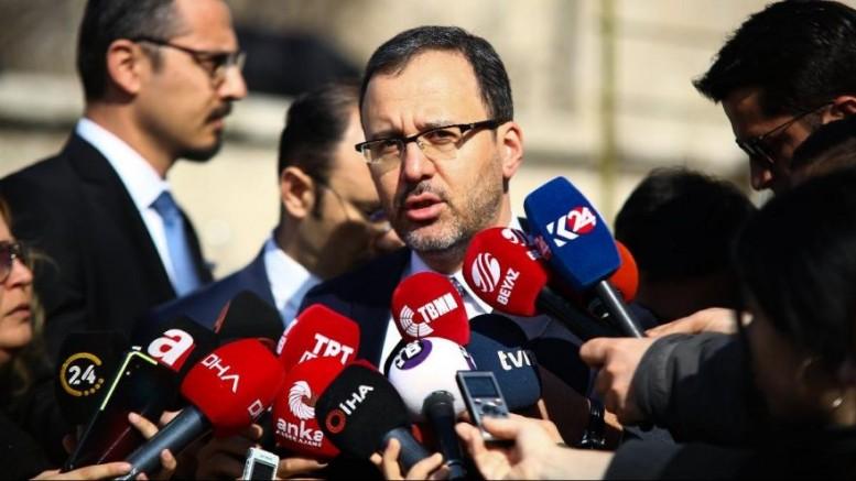 Türkiye'de koronavirüs nedeniyle tüm ligler süresiz ertelendi