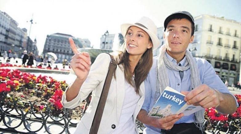 Türkiye Turist Sayısında Dünya da 5'inci Oldu, Gelirde Kaçıncı Oldu?
