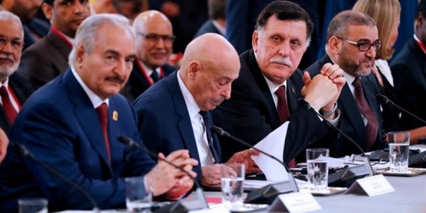 Türkiye ve Rusya'dan süre isteyen darbeci Hafter ateşkes anlaşmasını imzalamadı!