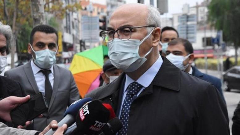 Vali Köşger: İzmir'de günlük vaka sayısı 200'ün altına indi
